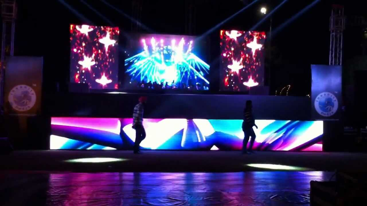 Jumbotrons, LED screens, LED displays…Make you entertain!